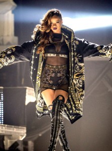 rihanna diamond tour