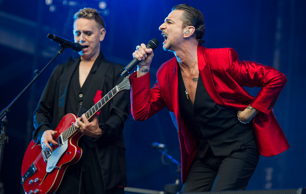Make depeche mode your personal jesus orcasound - Depeche mode in your room live 2017 ...