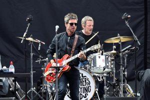 Still Chasing Yesterday – Noel Gallagher's High Flying Birds