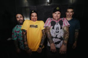 "New Found Glory Premieres ""Shook By Your Shaved Head"""