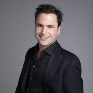 Pianist Jean-Philippe Sylvestre performs for the Orchestre classique de Montréal