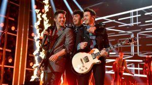 🎵 Upcoming Live Streams: Snow Patrol, Jonas Brothers, Whitehorse