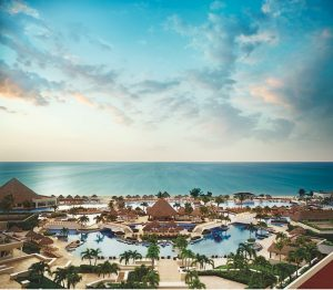 Moon Palace Cancun Welcomes My Morning Jacket in Concert March 2-5, 2022