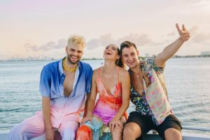 "SOFI TUKKER shares new single ""Sun Came Up"" featuring John Summit"