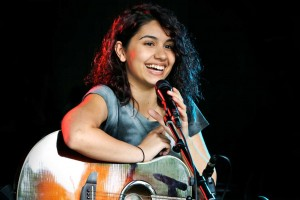 19-Year-Old Makes Her Impact on the Music World – Alessia Cara