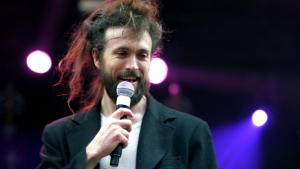 Band on Fire: Edward Sharpe & the Magnetic Zeros