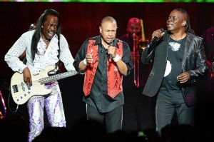 Two Great Bands Equals One Amazing Evening – Chicago and Earth, Wind and Fire