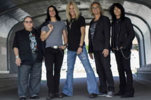 CLASSIC ROCK GREATS, THE GUESS WHO, RETURN WITH 'THE FUTURE IS WHAT IT USED TO BE'