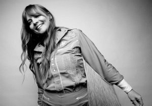 COURTNEY MARIE ANDREWS RELEASES ACOUSTIC SET OF SONGS FROM MAY YOUR KINDNESS REMAIN