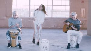 """3X GRAMMY-NOMINATED DUO GREY RELEASES """"WANT YOU BACK"""" ACOUSTIC VIDEO FEAT. LÉON"""