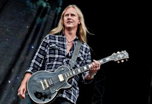 "Watch Jerry Cantrell On ""Icons,"" Streaming Now On Gibson TV"