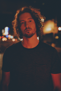 "DEAN LEWIS RELEASES NEW SINGLE/VIDEO ""FALLING UP"""