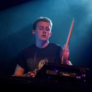 Red Hot Disclosure to Play Sold Out Show